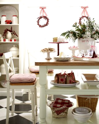 Christmas-decorating-tips-festive-decor-5