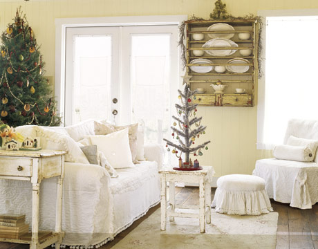 Living-room-Christmas-HTOURS1205-de-84402526
